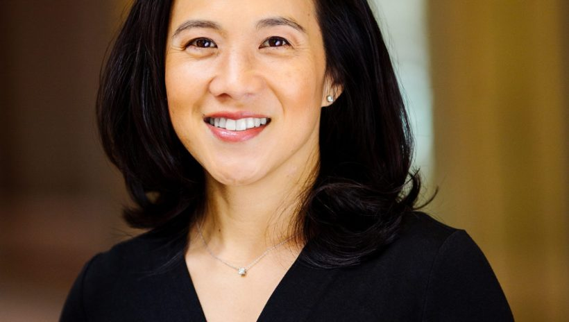 Angela Duckworth headshot